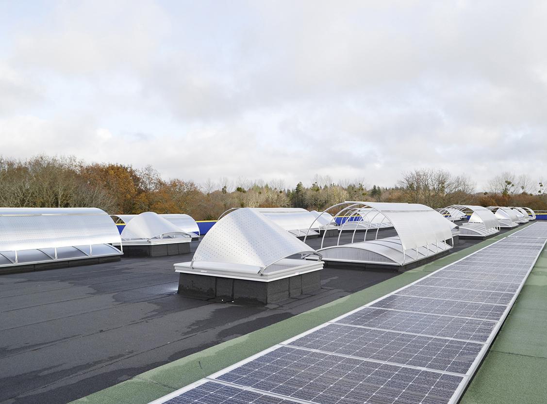 Lanterneaux brise-soleils toiture Guy Cotten actualité Adexsi