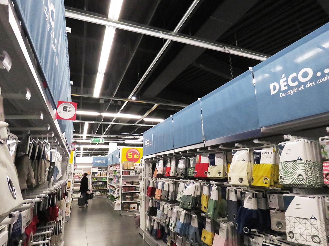 Ecran cantonnement Bluetek publireportage Adexsi magasin Gifi