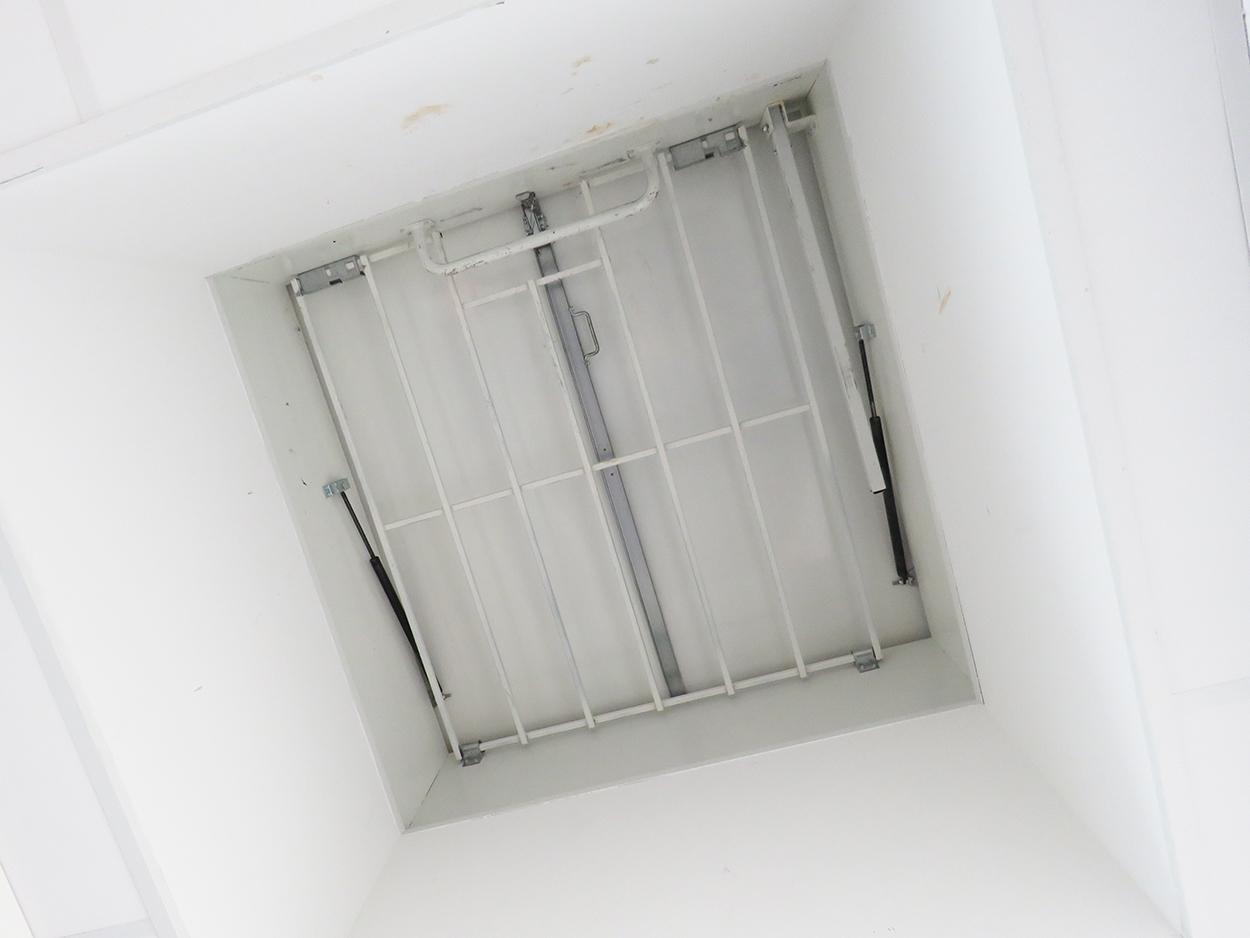 Lanterneau Bluesteel Pass accès toiture