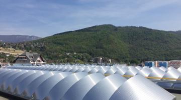 Chantier Lycée du Nivolet La Ravoire Bluetek pour Adexsi produits Bluesteel RPT et voûte avec Voile-Dôme brise-soleil
