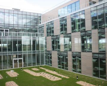 Manutan Headquarters : intelligent natural ventilation - Souchier - Adexsi