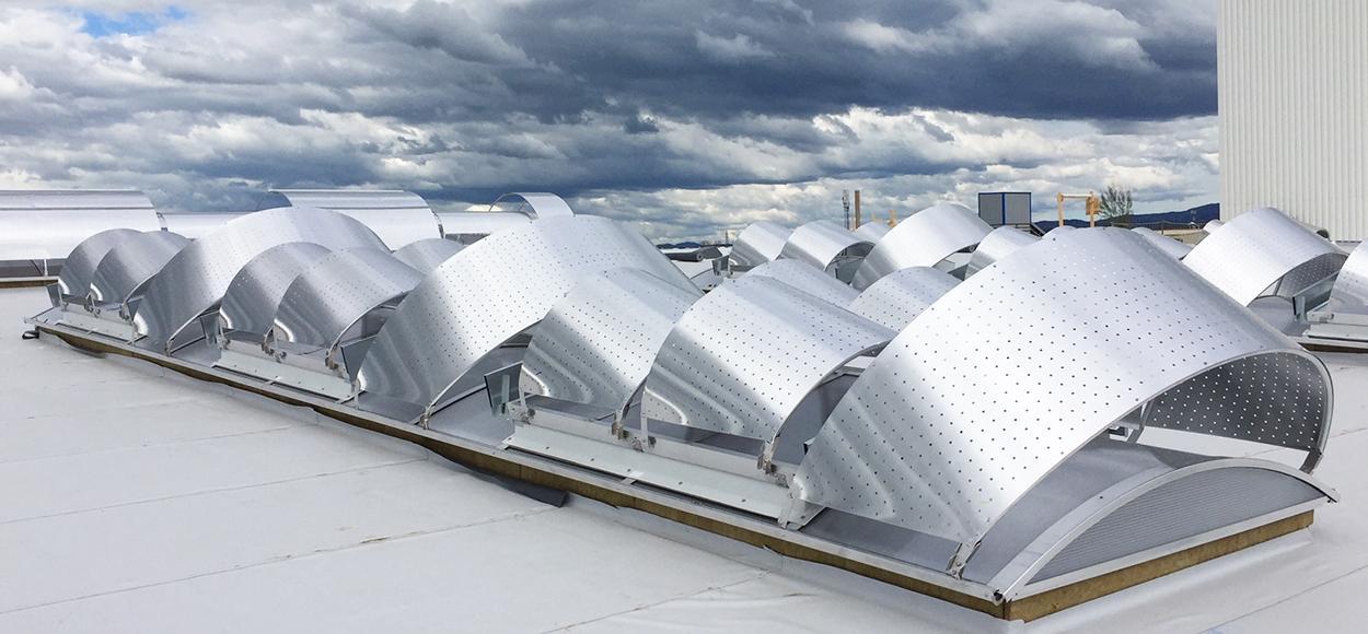 Voûtes Bluetek avec brise-soleils toiture Etancoba Roanne