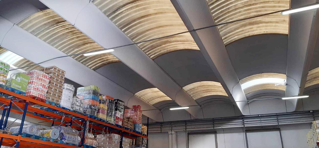 Travaux SIA Services usine Renova St Yorres remplacement plaques polyester par PCA