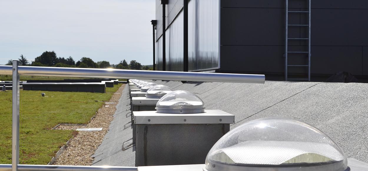 Référence Adexsi France conduits de lumière Lightube sur l'Eco Cfa de Chasseneuil sur Bonnieure